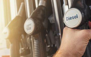 Poznaj skuteczne sposoby na zaoszczędzenie paliwa